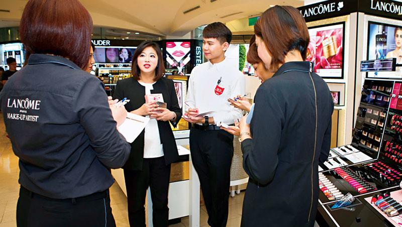 台灣萊雅集團蘭蔻品牌全台營收最高的櫃點 陳依琪