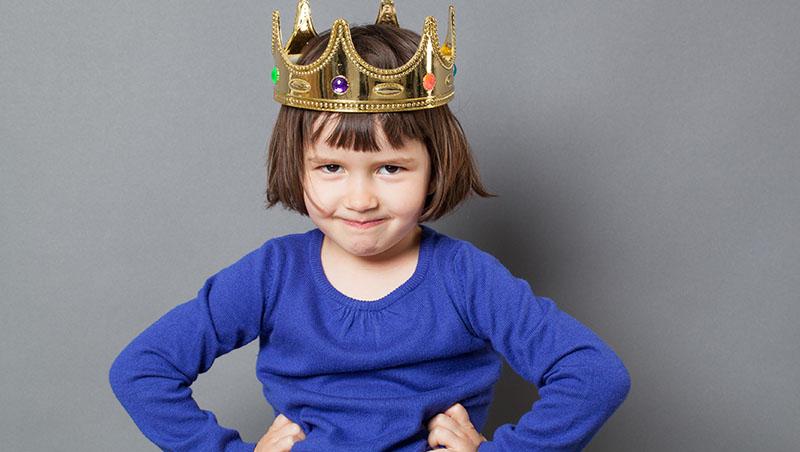 「你是全班最漂亮的!」這樣誇獎小孩是錯的...一線之隔,教出自信還是自戀的孩子