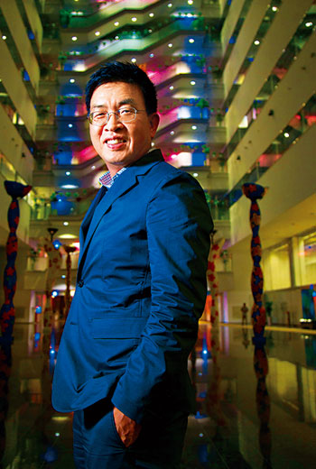 為對抗就業歧視,鄭恩頌(圖)創辦EverYoung,證明銀髮族員工也能有國際競爭力。