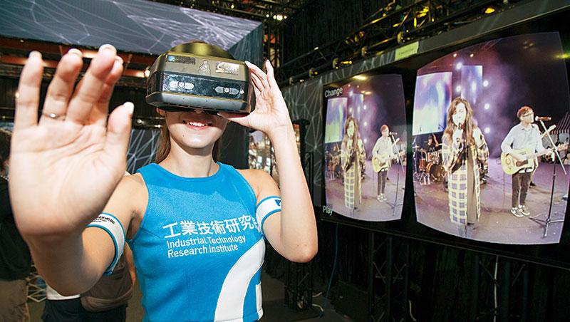 5G高速、低延遲等特性,讓高畫質的360 度VR 直播能成真。