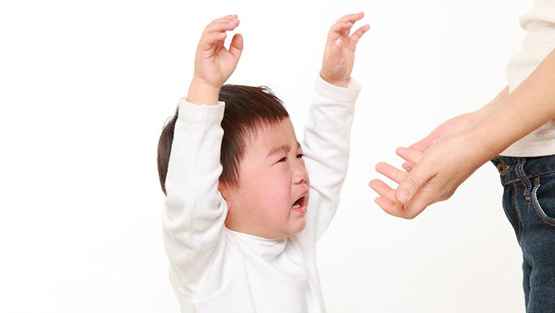 為什麼我又忍不住吼孩子了?4個孩子的心理師母親:沒有媽媽愛當巫婆,請給我5分鐘暖機