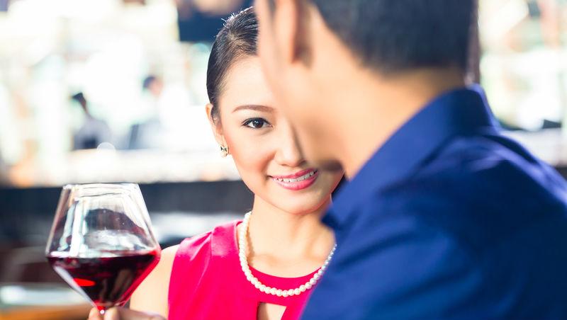 不要在高級餐廳單獨見面!呂秋遠:35歲後,關於相親的10點提醒