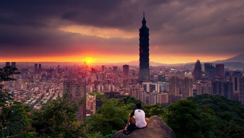 為什麼不敢回台灣?一個在新加坡打拚7年級生:害怕的不是台灣,而是過度舒適的安逸