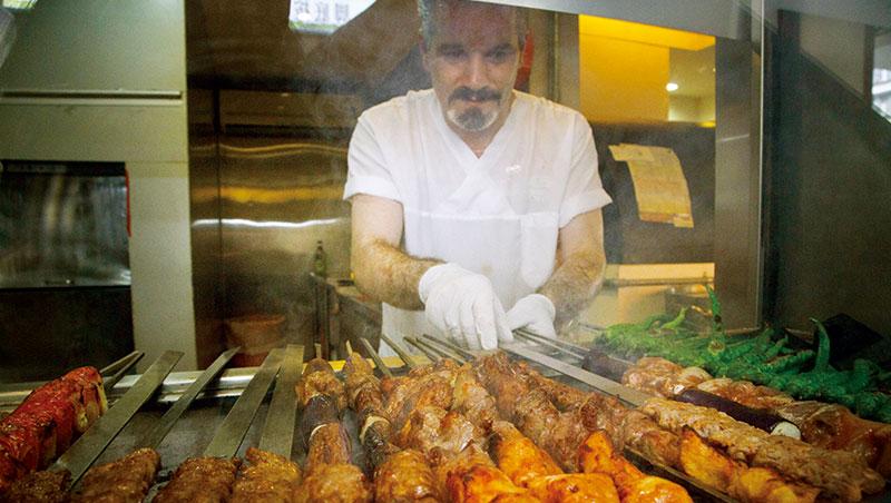 快速省時的燒烤,是土耳其飲食最常使用的烹調方式,不單單是肉類,連蔬菜都能烤。