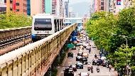 開車走幾趟東區,大戶親眼見證「台股萬點行情」下的台灣:百姓沒賺到,景氣更加淒涼