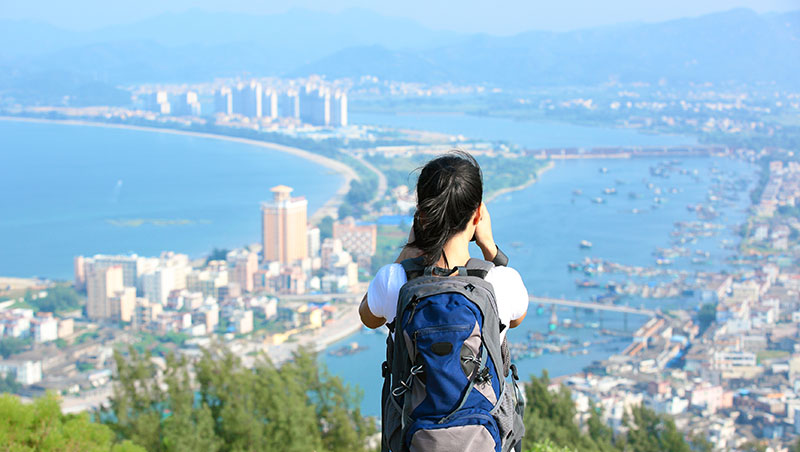 台灣工作爆肝薪水又低,不如去澳洲打工度假賺一桶金?你所不知道的背後秘辛