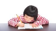 別對孩子說「立刻去把功課寫完」!開口責罵前,父母必須先自省一個問題