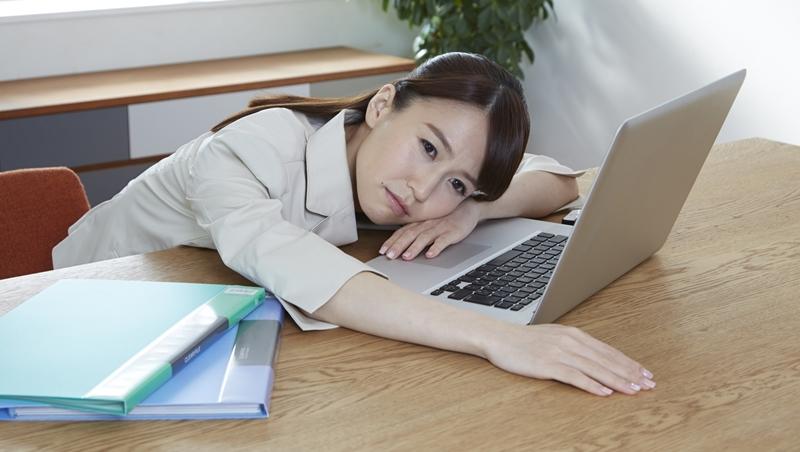 負能量才是你疲累的原因!工作除了勞力和腦力勞動,你忽略了最重要的其實是「情緒」勞動