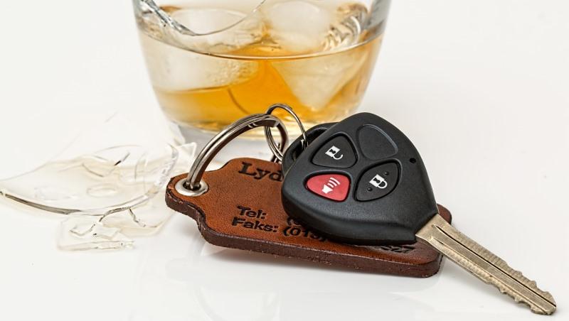 罰更多錢、加重刑責都沒用!酒駕的人到底在想什麼?