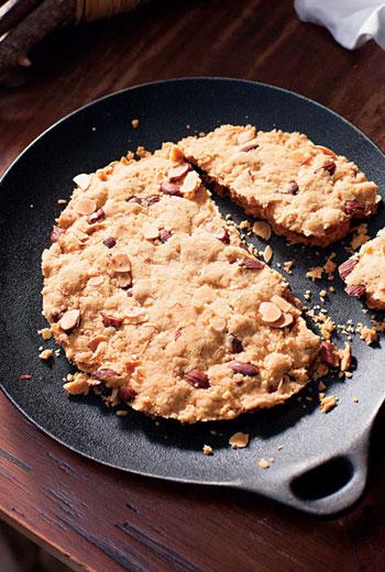 北義大利杏仁酥餅原意是破碎,衍伸為給整個家庭帶來好運。