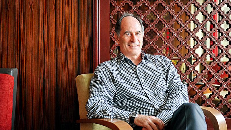 今年獲選為當代五十位最具影響力管理思想家第一名, 正是提倡整合性思考與設計思考的羅傑. 馬丁(Roger Martin)