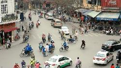 在越南,台灣人習慣住廠區,韓國人規定住市區...一個小地方,看出為何韓國能5年打趴台灣