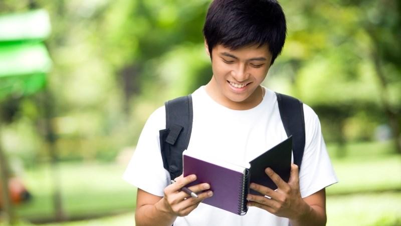 「我從不讀正書,這是我大學做過最有價值的事」金融總裁勉勵年輕人該做的3件事