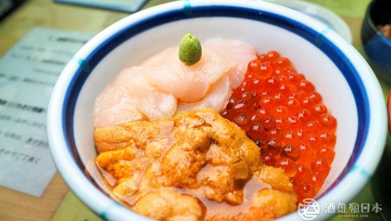 不到400元就能吃到的特級「海膽丼」!達人淚推:北海道這間丼飯,就算痛風也要吃