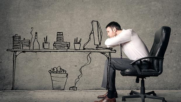 進公司4年,為了拼業績,年假都沒休完...獵頭:你遇過哪間公司因為員工離職而倒閉嗎?