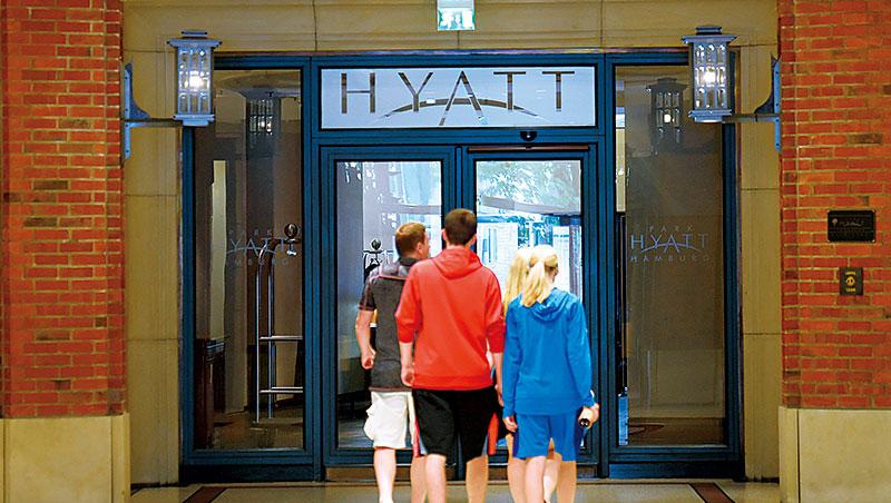 高檔飯店的房款多半豪華卻制式,新闢民宿路線,讓頂級客層也有機會體驗異國富豪的生活空間。
