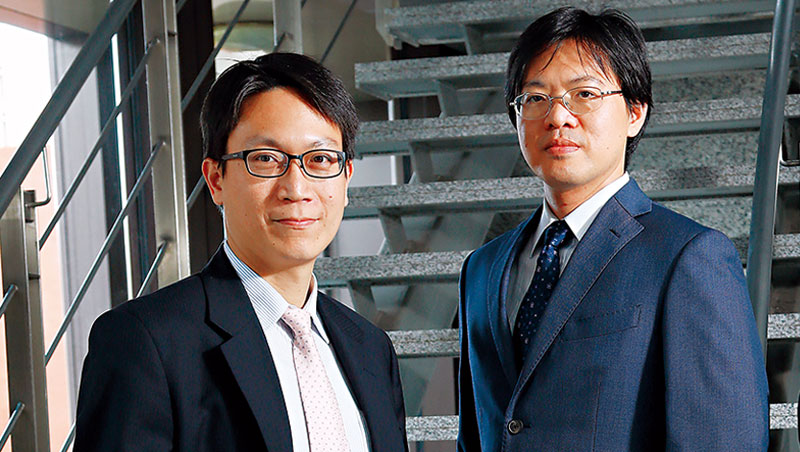 日盛陳奕豪(左)、施生元(右)