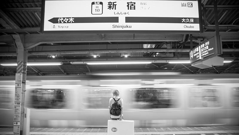 沒錢繳房租、只靠泡麵維生,差點輕生...一個台灣人在東京新宿開「整骨院」的啟示:態度可以帶來奇蹟