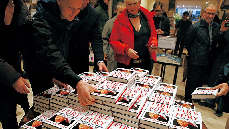 《怒.火》是今年書市第一匹大黑馬,紙本書反倒助攻電子書狂賣30萬本。
