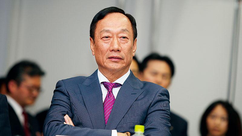 「這些小金雞都貼上鴻海的金字招牌。」郭台銘力推旗下公司赴中上市,將有助於鴻海在中國募資。
