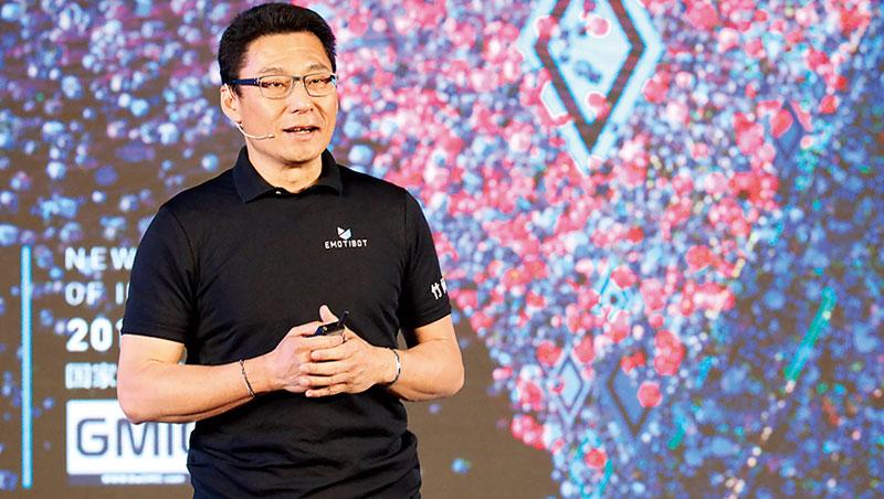 「(聲控經濟)對硬體晶片的需求,有機會再創10年前台灣IC業百花齊放的榮景。」 ∼簡仁賢