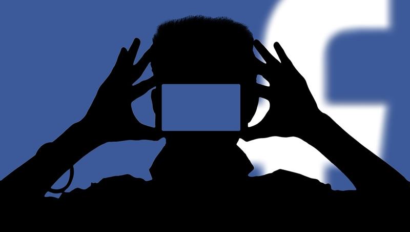 令人苦惱不已,頭皮發麻的 Facebook 年度黑暗大事記