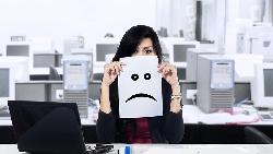 一邊罵妳、又一邊說「我是為你好」?38歲上班族10年血淚:讓你失去自信的職場最恐怖