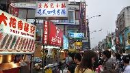 人才逃光,工程師、醫師轉賣小吃...當台灣窮到只剩下「小吃業」,還能活多久?