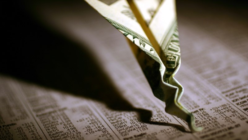 報章雜誌說:都是因為投資人憂心通膨,所以股市一直跌!這種評論真的很「外行」