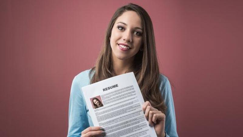找工作時,履歷上的推薦人該寫誰?人力銀行副總:多數人都忽略的錄取關鍵