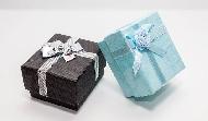 為什麼贈品兌換處都設在最高樓層?百貨週年慶背後,業績多20%的贈品學