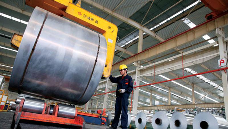 「美國鋼鐵業將再起!」川普如此評價鋼鋁稅。豁免加、墨卻讓他的政策效果打了折扣。