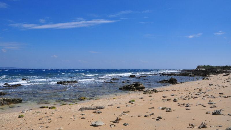 去墾丁不如選沖繩?俄羅斯正妹困惑:墾丁海灘美、東西便宜,不懂為何台灣人不愛去