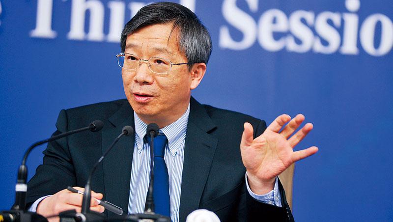 「人民幣匯率應由市場決定。」中國人行新行長易綱如此主張,代表貶值拚出口將成絕響。