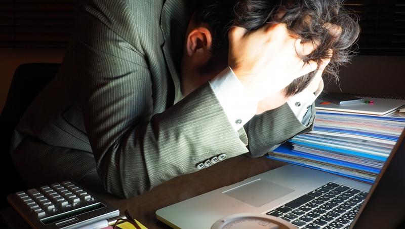 一個外商主管過勞加班腦溢血,決定離職創業:要死,也要死在自己的事業上
