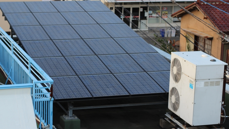 投資太陽能是門好生意?跟連假火車票一樣難搶...一片太陽能板1.5萬,10分鐘內被搶購「秒殺」!