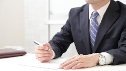 老闆可以接受「差」但不能接受「裝」!資深人資:職場上,比學經歷更重要的是這件事