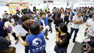 不只499之亂...從米酒、甜甜圈到口罩都瘋搶!台灣10大一窩蜂排隊事件,你參與過幾次?