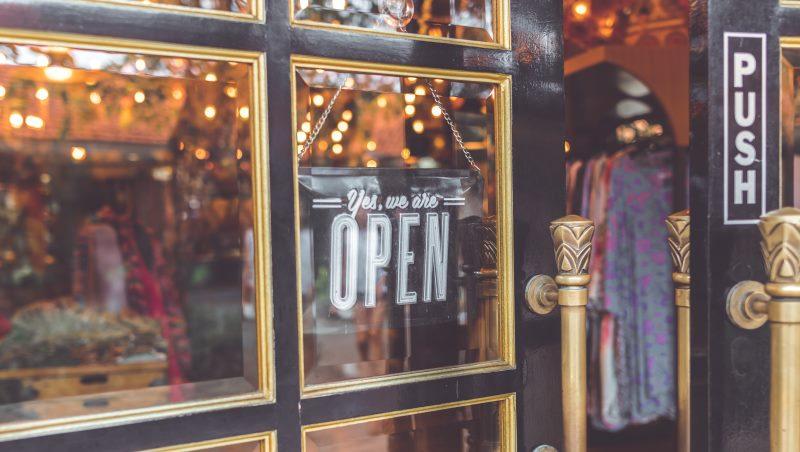 魔術般的「實體店面數據化」!一顆小鏡頭,讓永康街小服飾店營業額提高25%