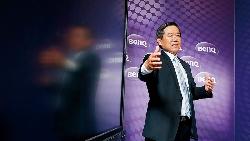 商周CEO學院》佳世達董座土雞精神 組台灣最強智慧醫療艦隊