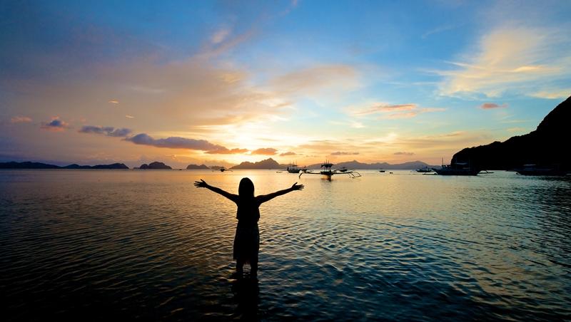 夏天渡假首選!怕熱就選這個島...除了沖繩、峇里島,網友最推薦的超人氣「海島」