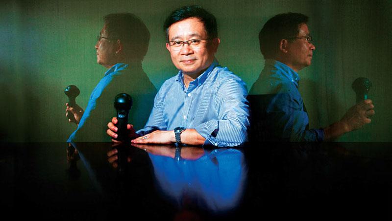 「我們要跳出來,假如能成功,其他IC公司也會勇敢來做不一樣的東西。」信驊董事長林鴻明接受專訪時說。