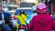 空汙法修正案》管制「10年以上老車」引發爭議...影響範圍、管制辦法總整理