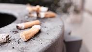 抽菸不只傷身跟空氣汙染!一年4.5兆個「菸屁股」,毒素流進海洋繼續殘害環境25年