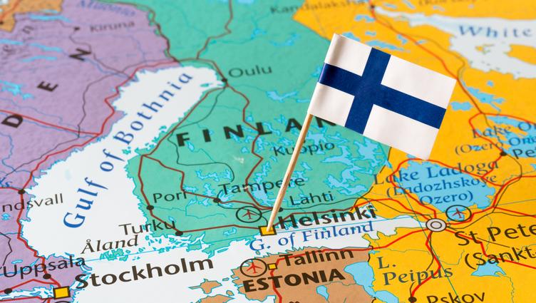 不管有沒工作都給錢,保障「基本所得」能不能改善社會?芬蘭實驗結果出爐