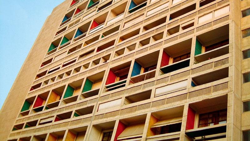 馬賽公寓已被列入世界遺產,修復都須經過嚴格的審核。