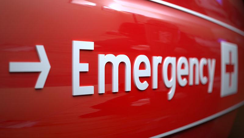 """只是看個小感冒,不要說""""go to hospital""""...一次搞懂「看醫生」與「去醫院」的英文用法差別"""