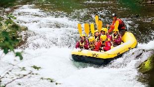 避暑北海道  山中健行急流泛舟