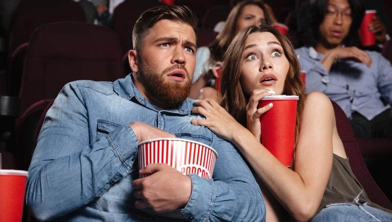 越嚇人,票房成績越亮眼!為什麼人們會喜歡恐怖電影?心理學有解