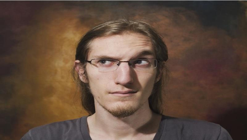 職場讀心術》最誠實的五官是「眉毛」?連FBI都在用的讀臉學,從5種眉毛反應讀懂對方心理